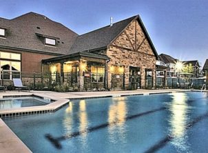 Enclave at Grapevine pool